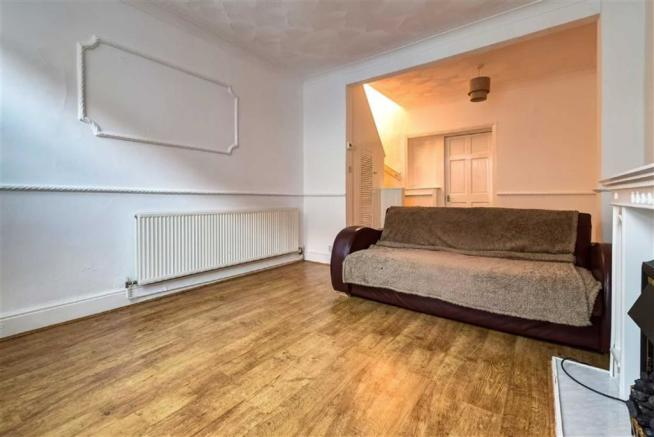 Living Room (Alternative View 1)