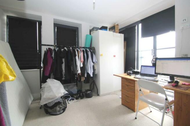 bedroom (1)bright.jpg