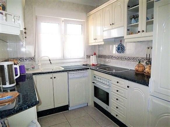 A075-kitchen