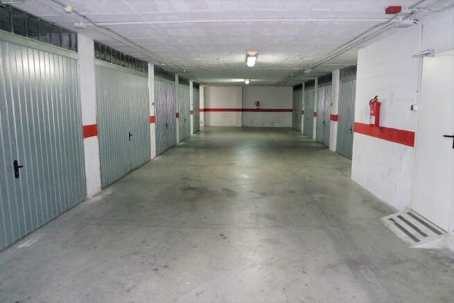 1497-garage