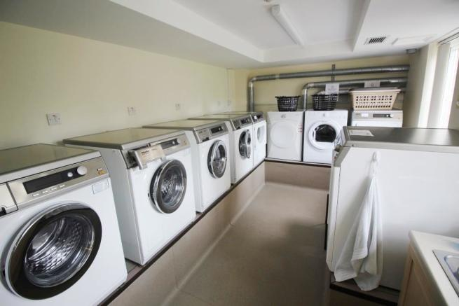 41 Calcot Priory Laundry room.JPG