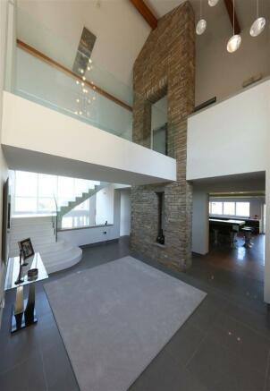 Maes y Crochan House 0801.JPG