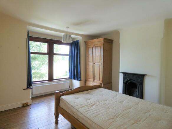 Master Bedroom Fr...