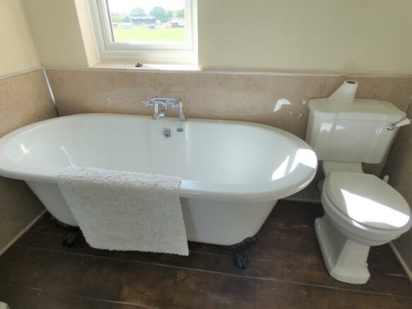 Bathroom Double E...
