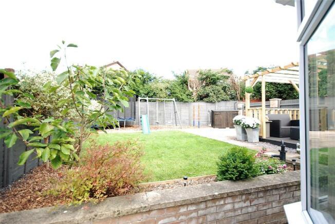 15 - Garden.jpg