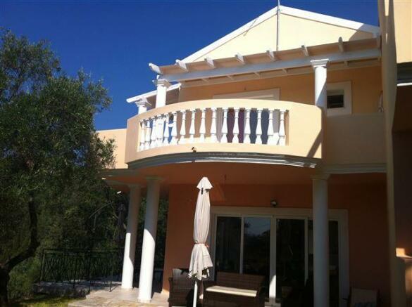 exterior of maisonettes