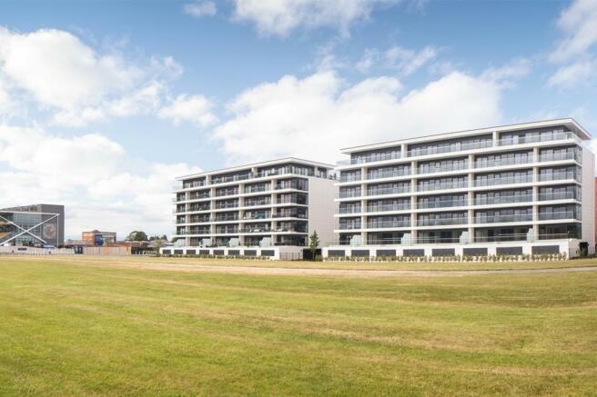 Newbury Racecourse Apartments