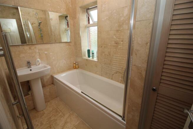 Bathroom W/C