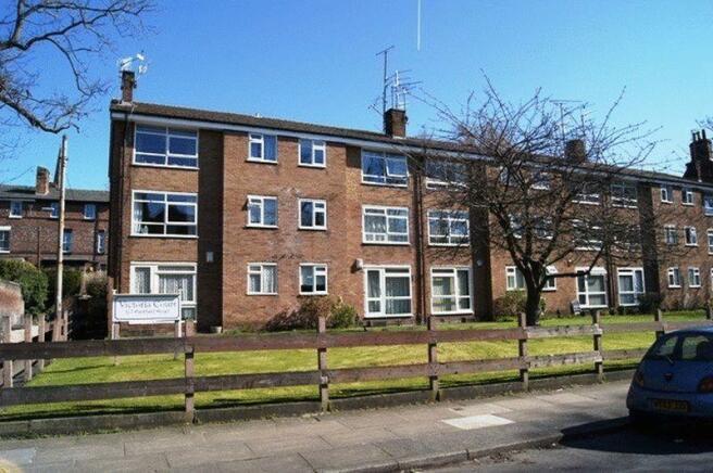 2 Bedroom Flat For Sale In Parkfield Road Aigburth Liverpool L17