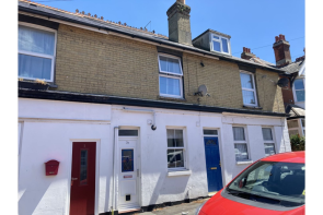 Photo of Yarborough Road, East Cowes, PO32