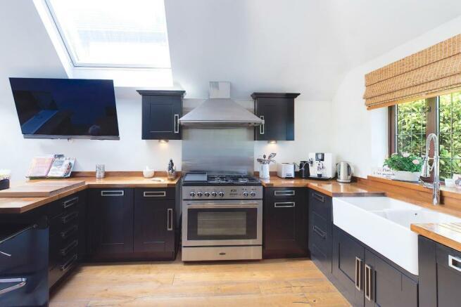 kitchen 1 G.jpg