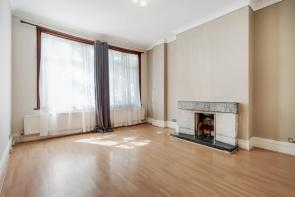 Photo of Arnold Gardens, Palmers Green, N13