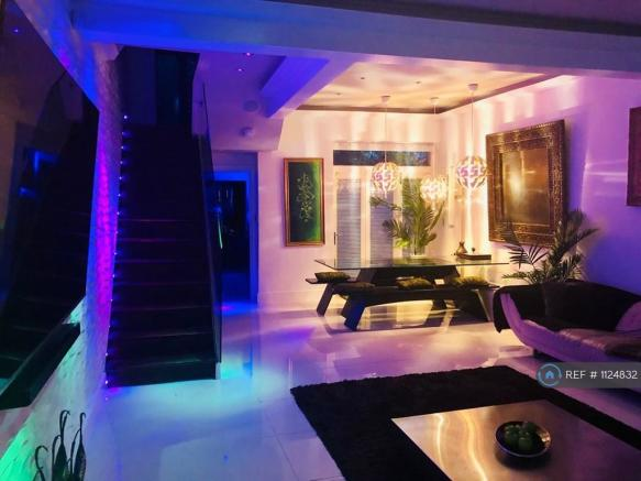 Lounge -  Led