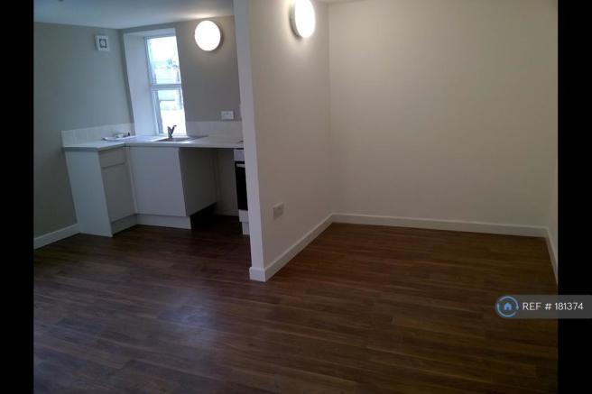 Lounge/Bedroom/Kitchen