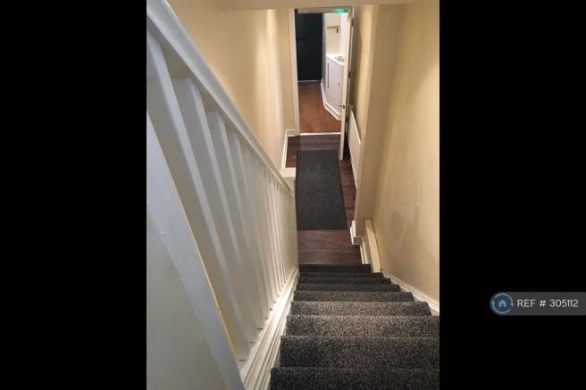 Entrance/Stairs