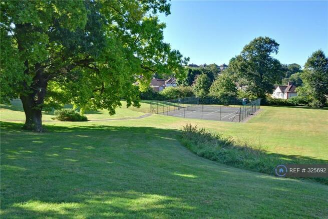 Private Park - Tennis Court