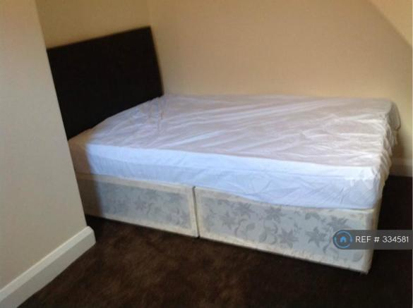 Bedroom 3 Picture 3