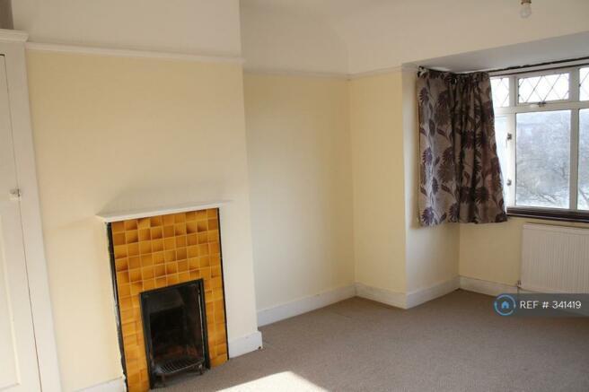Ist Floor Front Double Bedroom