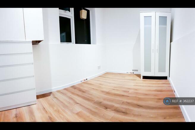 Single Bedroom No 2