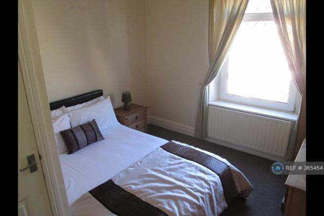 Great Double Room With Toilet Facilities Let
