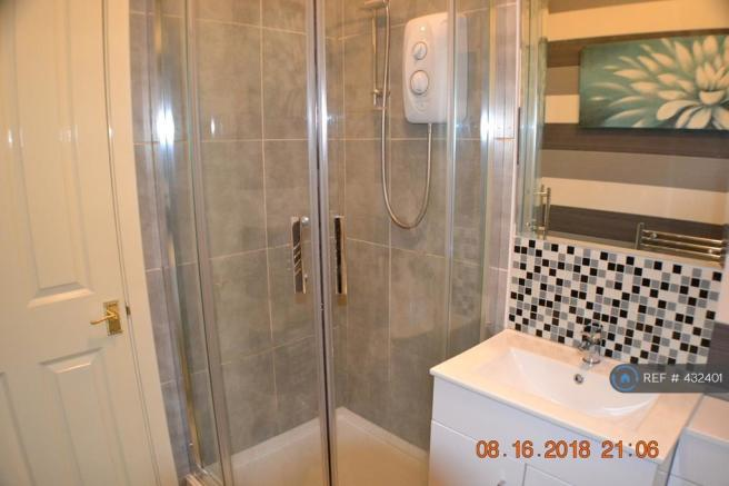 Shower Room - View 2