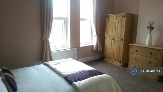 Great Double Room With En-Suite Let