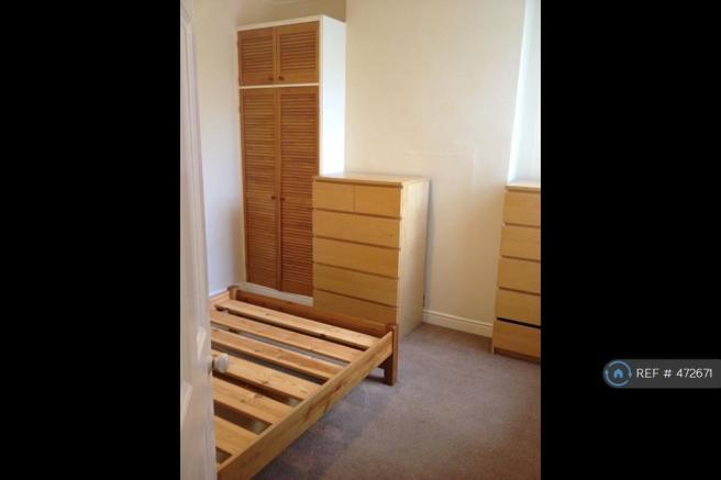 Double Bedroom With Lots Of Storage