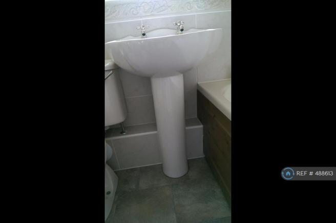 Bathroom/Sink
