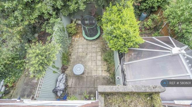 Garden Access (No Trampoline)