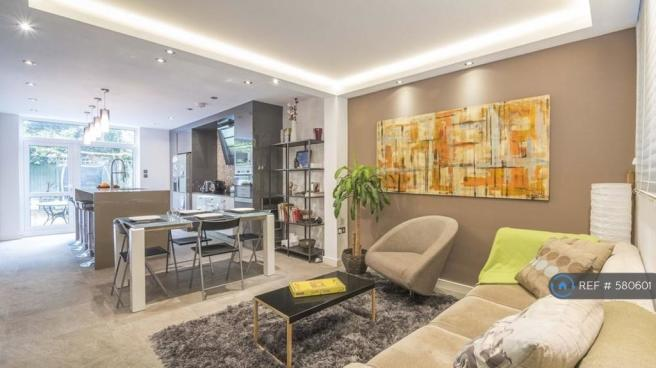 Ground Floor Open Plan Kitchen/Living Room/Tv