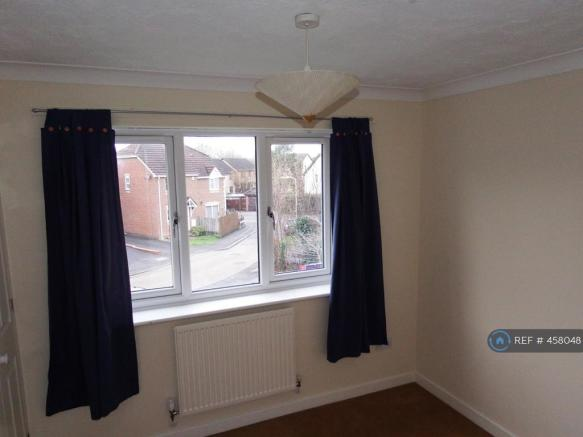 Bed 2 (Window)