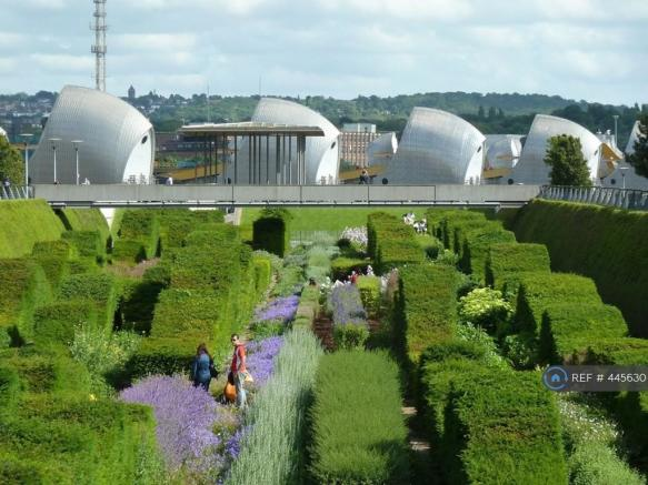 Thames Barrier Park 3min Away