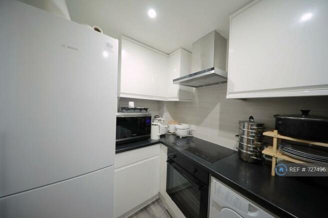 Shared Kitchen, Large Fridge