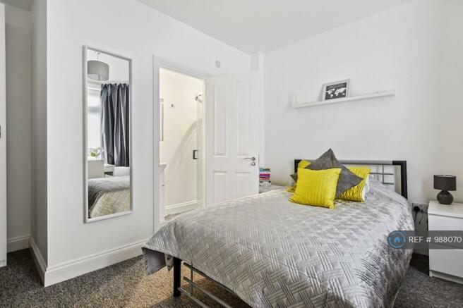 Luxurious En-Suite Double Bedroom