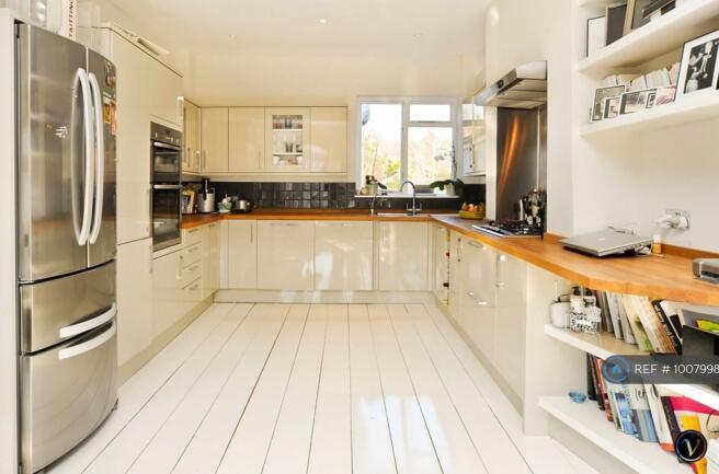 Open Plan Kitchen, Opens Onto Lounge