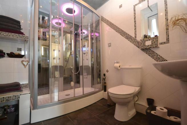 Downstairs WC/Spa Room