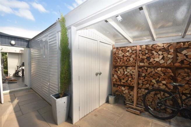 Sauna and Wood Store