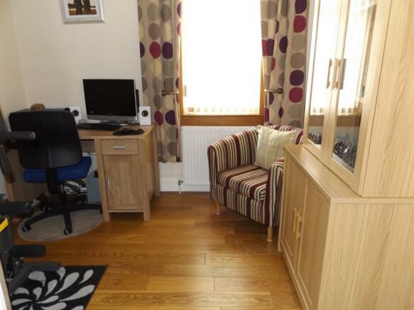 Home Office/Bedroom 4