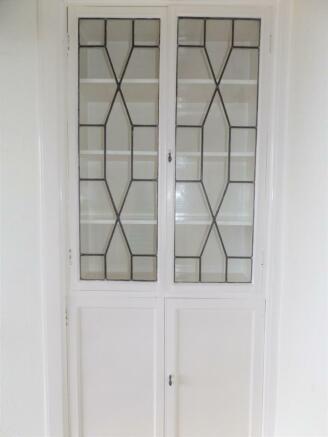 Decorative cupboard r