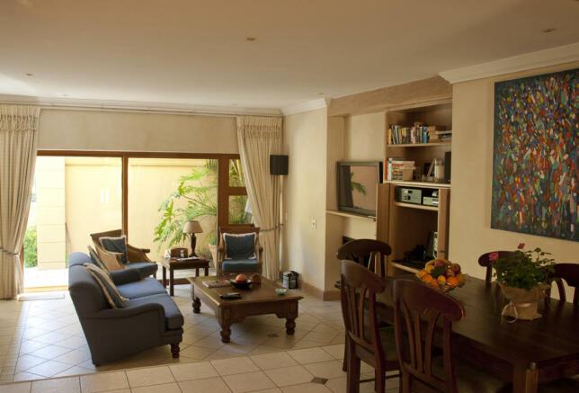 Flat 2 living area