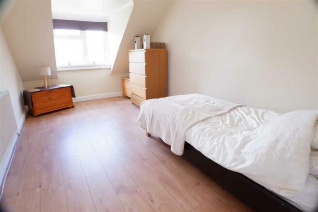 Bedroom / 2