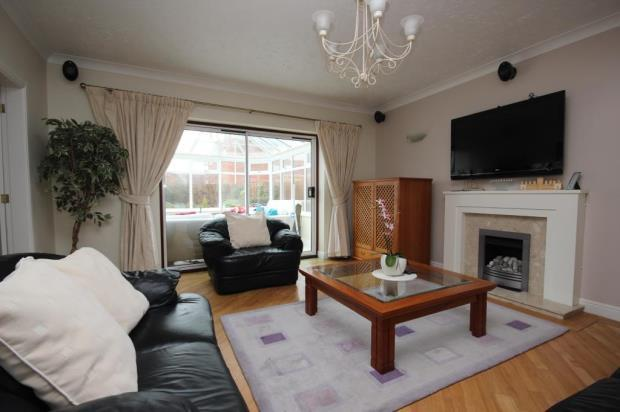 4 Bedroom Detached House For Sale In Stockley Crescent