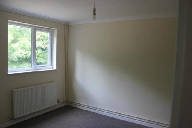 25_Norfolk Drive bedroom.jpg
