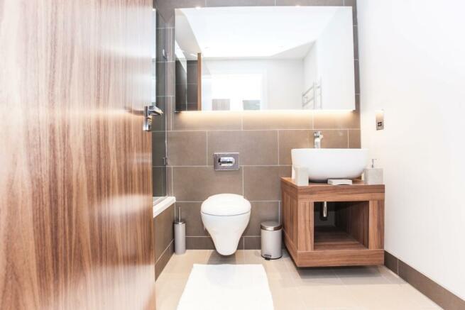 Bathroom (Custom)