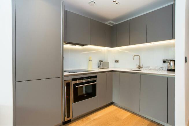 5_Kitchen (2)