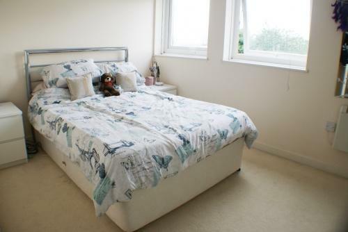 Double Size Bedroom