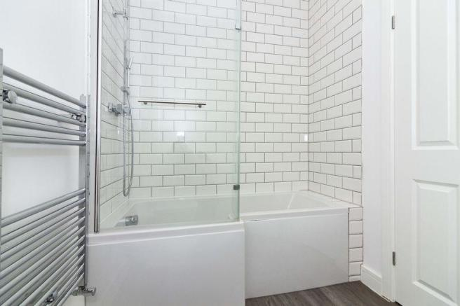 Bathroom/w,.c