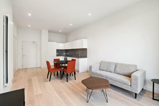 Living Area (Main)
