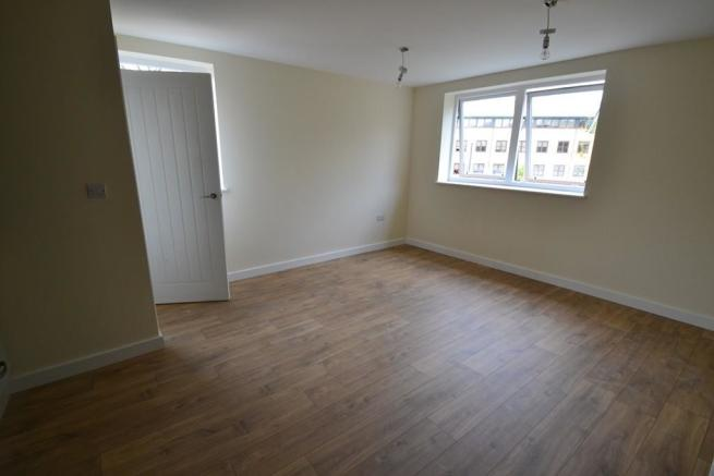 1 Kirtling House - Lounge.jpg