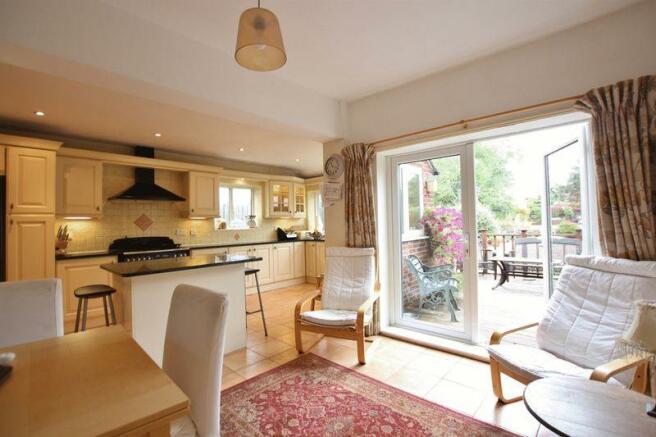 Living Kitchen...